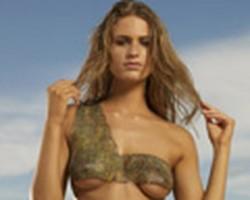 Julie Henderson Bodypainting-SI Swimsuit 2009